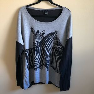 DKNY Jeans Zebra Animal Print swaeter Scoop Neck